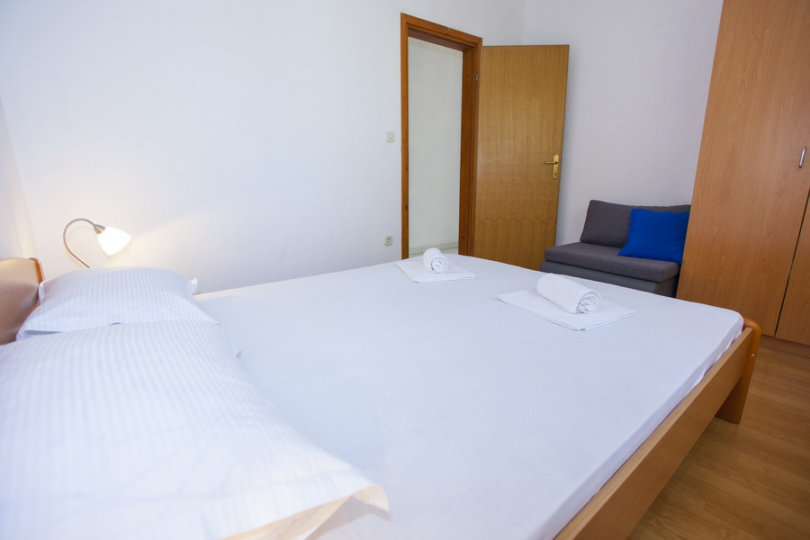 Apartman 33